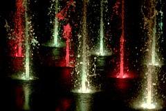 Qubec - Mairie - Fontaine - Soire Tango (eburriel) Tags: qubec mairie city hall aqua eau couleur rouge red water image nikon night tango