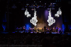 Nice background graphics (mclick!) Tags: people portland oregon josh groban concert august 2016 edgefield amphitheater mcmenamins troutdale singer choir orchestra pearl district crystal hotel mothers outdoor music