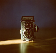 Rolleiflex 3.5E (C.Kunta) Tags: 6x6 120  hasselblad500c iso80 kodakppn160 slr stilllife camera