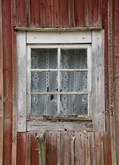 181 Window (Lacky Corner) Tags: window weathered red old nikond5500 d5500