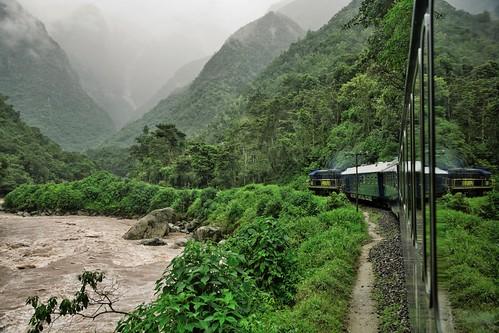 The Hiram Bingham, between Cuzco and Machu Picchu in style