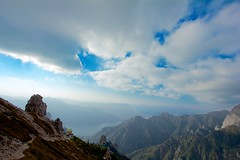 Rifugio Rosalba (Stefano★) Tags: italy mountain lake como rock clouds canon lago eos europa europe italia nuvole rosalba roccia grandangolo montagna lombardia 1022 lecco rifugio meridionale grignetta grigna 550d panoramafotográfico