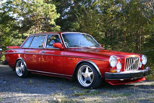 Flickriver: Most interesting photos from Volvo 164 pool