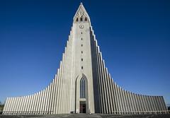 Hallgrímskirkja (Fil.ippo) Tags: hallgrímskirkja reykjavík iceland island islanda chiesa church architecture building nikon d7000 travel viaggi filippo filippobianchi worship sigma1020