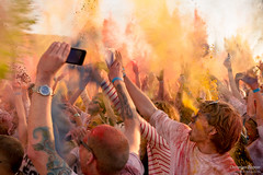 Holi - Festival of Colors (chrischen zepter) Tags: blue red portrait people green colors yellow festival hair orte holi openair farben porstendorf