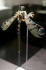 Fundao Calouste Gulbenkian - 25 | Dragonfly woman corsage ornament by Ren Lalique (Paul Dykes) Tags: art portugal museum gallery lisboa lisbon jewellery artnouveau fundaocaloustegulbenkian renlalique caloustegulbenkian museugulbenkian dragonflywomancorsageornament