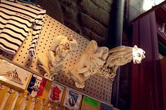 有着宗教特色的雕塑