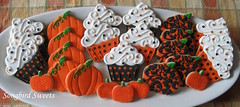 Pumpkin Birthday Platter (Songbird Sweets) Tags: cupcakes pumpkins sugarcookies songbirdsweets