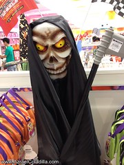 Halloween costumes, mask and toys in Toy Kingdom
