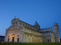 Cathedral (Duomo di Pisa) and the leaning tower of Pisa,Italy (Frans.Sellies) Tags: italien italy tower heritage church night square geotagged italia cathedral unescoworldheritagesite unesco worldheritagesite clear pisa campanile piazza duomo toscana toscane leaningtower unescoworldheritage italie worldheritage weltkulturerbe whs toskana cathedralsquare patrimonio piazzadeimiracoli worldheritagelist welterbe kulturerbe patrimoniodelahumanidad heritagesite unescowhs patrimoinemondial werelderfgoed vrldsarv schevetoren  heritagelist buscheto werelderfgoedlijst verdensarven   buschetto      blinkagain busketo p1480942 geo:lat=437228386 geo:lon=10401688799999988