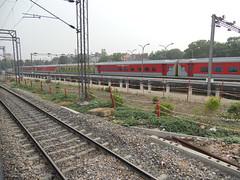Ahmedabad NEW DELHI Ahmedabad Swarna Jayanti LHB Rajdhani Express (Abhinav (The Ludhiana Edition)) Tags: new near delhi captured rake express adi mandi wr ahmedabad lhb jayanti rajdhani sabzi swarna 12958 12957 ndls alloted