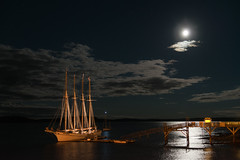 Schooner Margaret Todd (monilague) Tags: ocean sky cloud mer moon bar night sailboat lune harbor pier maine ciel margaret todd nuage nuit schooner quai voilier