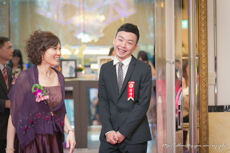 炳霖 依萍 結婚-0156.jpg
