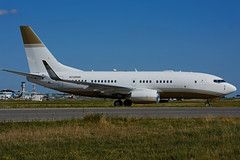N720MM (MGM Mirage Aircraft Hold.) (Steelhead 2010) Tags: mgm mirage b737 yyz nreg n720mm boeing b737700 bbj bizjet