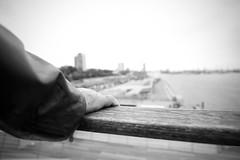 Soul of Hamburg (NigglsPhotography) Tags: hamburg deutschland germany das tor zur welt schwarz schwarzweis sky hand elbe weis black blackwhite white soul seele wasser stadt