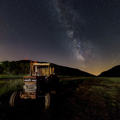 Massey Ferguson (Erik de Klerck) Tags: tractor milkyway milky way night sky astronomy astro astrophotography france provence nightshot long exposure longexposure black light pollution lightpollution square star stars universe tokina tokinaatx1628f28profx atx 1628 f28 pro fx