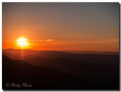 Shenandoah Sunset (Betty Vlasiu) Tags: shenandoah sunset nature wildlife virginia