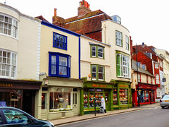 High Street, Lewes, East Sussex (photphobia) Tags: lewes eastsussex buildings building buildingsarebeautiful architecture oldtown oldwivestale countytown myhometown outdoor outside southeast southeastengland england paulmurray photphobia highstreet shops shopping windowshopping