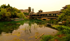YANGSHUO (ROBERT_TORRES) Tags: china old summer holiday river garden temple li shanghai market guilin bazar brigde