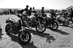(Eleanna Kounoupa (Melissa)) Tags: white black cars motorcycles races circuit
