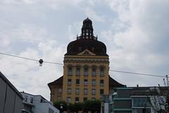 Lucerne - Hotel (Unidentified) Overlooking  Lwenplatz (Le Monde1) Tags: switzerland town nikon luzern hotels altstadt lucerne canton vierwaldstttersee swissalps lakelucerne d60 lwenplatz riverreuss lemonde1