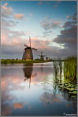 Kinderdijk (Wim Boon Fotografie) Tags: netherlands windmill nederland lee 7d kinderdijk alblasserwaard molen canon1740f4l alblasserdam wimzilver leefilternd06 manfrotto055xprob808rc4 leefilternd09softgrad
