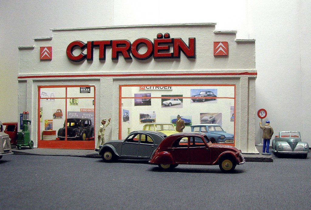 The world 39 s best photos of citroen and made flickr hive mind - Garage miniature citroen ...
