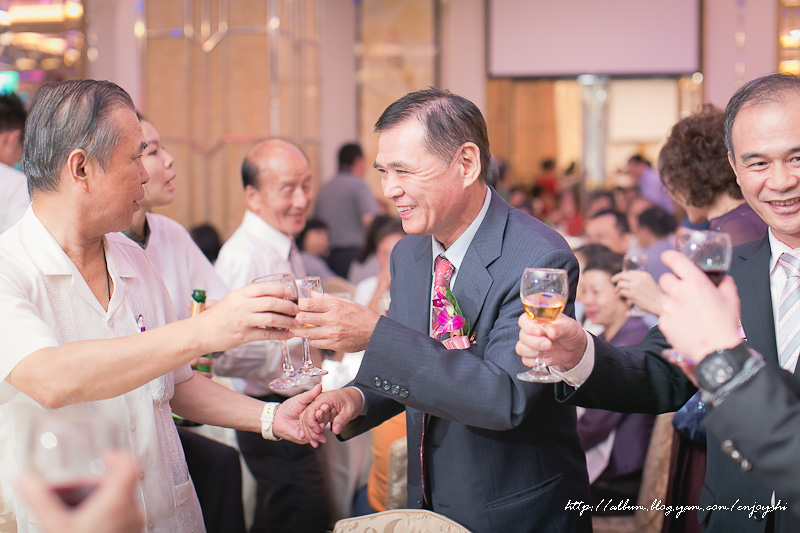 炳霖 依萍 結婚-0211.jpg