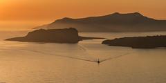 *Aegean sunset tours* (albert.wirtz) Tags: santorin santorini griechenland egeo aegeansea gis meer mare sea mittelmeer sunset sonnenuntergang schiff boat ship albertwirtz nikon d700 megalokhorion megalochori kykladen kyklades paliakameni neakameni thirasia greece