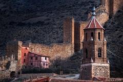 Muralla de Albarracn, Teruel, Aragn, Espaa (dleiva) Tags: albarracin albarracn teruel aragn espaa muralla iglesia torre montaa arquitectura dleiva domingo leiva campanraio arquitecturaexterior edad media medieval