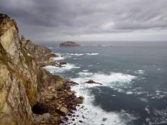 Isla Herbosa desde el Cabo Peas (Jaime Martin Fotografia) Tags: asturias nature sea landscape acantilado cantabrico cabopeas