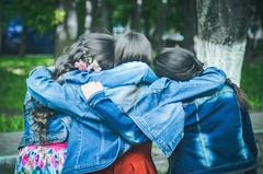 Laider  se faire des amis (HopToys) Tags: pour certains enfants en situation de handicap ce nest pas toujours vident se faire des amis et la diffrence est une barrire quon ne franchit aisment cependant lamiti un rle important dans le dveloppement tant quadultes elle permet davoir confiance soi bonne estime mais apporte galement