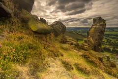 Curber Edge (Trojan Wonder) Tags: rocks formation peak district heather grass sky moss curber edge