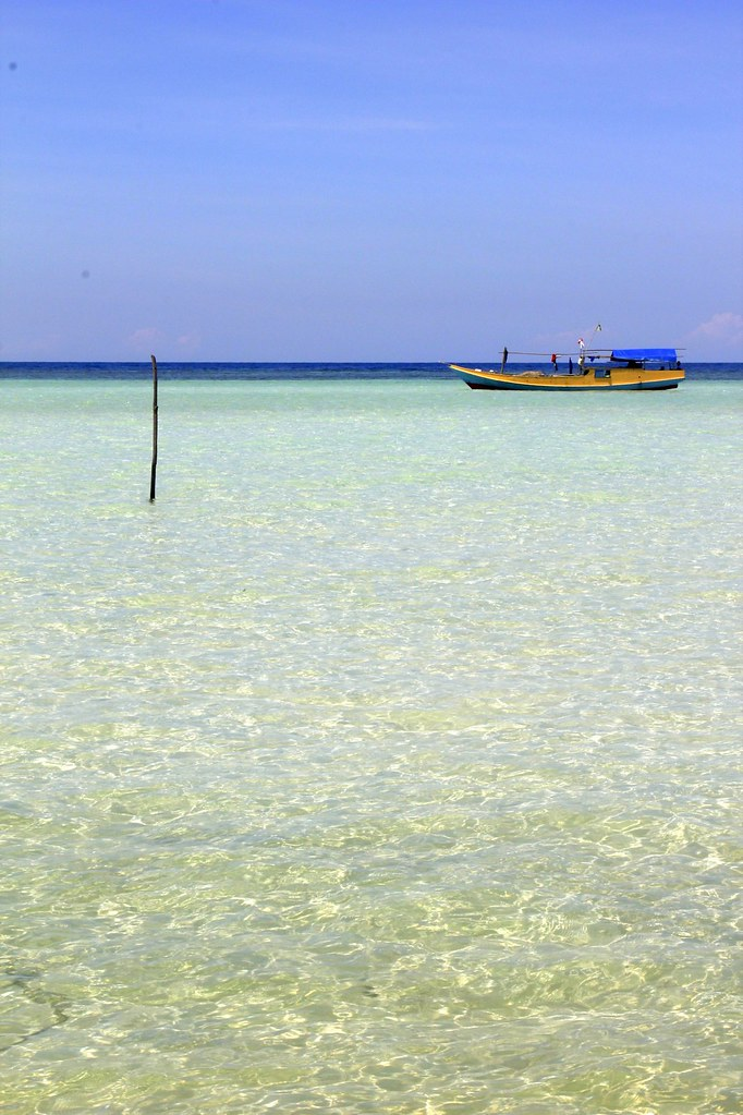 clear waters, Karimunjawa Islands, Java, Indonesia