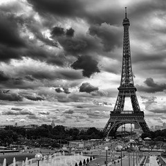 Eiffel Tower (<Sampaio>) Tags: bw paris tower eiffel pb nikond700 nikon2470 nikon247028gn