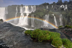 Cataratas do Igua (Ded Vargas - Travel Writer) Tags: world heritage argentina dede brasil del america de landscape puerto la agua do natural sete south devils 7 paisaje images paisagem falls best unesco seven waterfalls devil getty cataratas sur diablo mundial vargas throat turismo mundo foz sul wonders siete diabo misiones aventura sudamerica iguaz naturais maravillas naturales garganta igua patrimonio dagua caida maravilhas cascadas adrenalina queda cataracts humanidade gomn cascatas