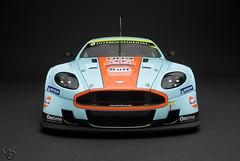 Aston Martin DBR9 Le Mans 2008 #009 Gulf (Maarten O.) Tags: auto art nikon die gulf martin class mans cast le winner 1855mm nikkor 2008 vr aston 009 afs 118 diecast prodrive gt1 dbr9 autoart f3556g d3000