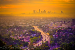 Sunday morning in Los Angeles! ( In 2 Making Images | L.A.) Tags: california hollywood griffithobservatory losangelesskyline hollywoodhills digitalphotography mulhollanddrive capitolrecordsbuilding 101freeway ilovela creativephotography morningphotography top20la canoneosdigitalslr discoverlosangeles rebelt2i albertvalles beautifulpicturesandcolorsoflosangeleshollywood sunrisepicturesoflosangeles