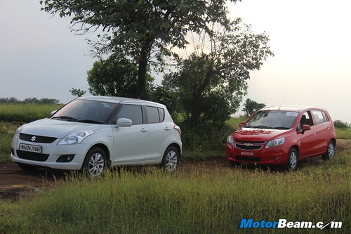 Maruti-Suzuki-Swift-vs-Chevrolet-Sail-U-VA-15