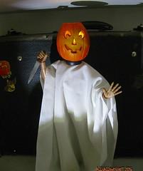 1979 pumpkin guy_7460R (Michael.C.G) Tags: allhallowsghost halloween pumpkin jackolantern novel retro michaelmyers diditfirst figure mixedmedia