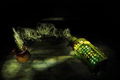 Sifn mgico (jordigangolellssabata) Tags: lightpainting luz strobist linterna misterio oscuridad magia humo