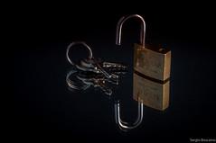 Unlocked (serbosca) Tags: inthemirror macromondays lock lucchetto specchio nikon d90 105mm