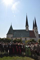 Jubilum des Papstbesuches vor 10 Jahren (Gnadenort Alttting) Tags: alttting papst goldenes buch bischof oster gnswein hofauer schneider empfang