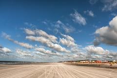 Atalaia - Par (Tapa_Flip) Tags: road sky sun sol praia beach brasil flickr areia arena cielo nubes estrellas vacaciones par ferias atalaia flickrestrellas