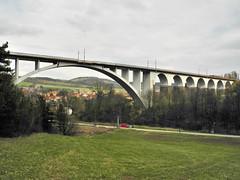 DSCN0070 (Marcel Musil) Tags: republic czech railway viaduct viaduc ferrocarril viaducto ferroviario viadukt eisenbahnviadukt kutiny viadotto wiadukt ferroviaire kolejowy eleznin
