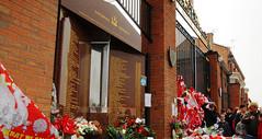 Hillsboroughmemorial2009_2827093[1]