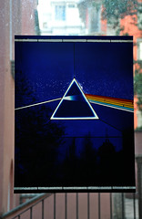 The dark side of the moon on the vvindovv (AgoInUnPagliaio_NeedleInAhaystack OFF) Tags: pinkfloyd stormthorgerson thedarksideofthemoon