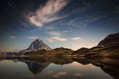 Midi D'Ossau II (martin zalba) Tags: night landscape star noche paisaje estrellas midi estrella pirineo satrs dosseau