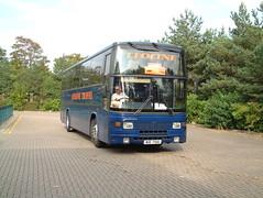 Leoline Travel Jonckheere coach WIB7186 in Milton Keynes (Mark Bowerbank) Tags: travel coach milton keynes jonckheere leoline wib7186