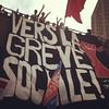 """vers_greve_sociale <a style=""""margin-left:10px; font-size:0.8em;"""" href=""""http://www.flickr.com/photos/78655115@N05/8051987852/"""" target=""""_blank"""">@flickr</a>"""